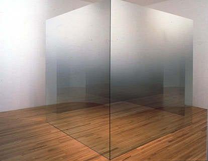 escultura minimalista de Larry Bell